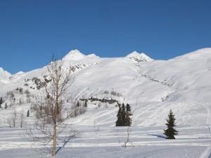 girls-mountain