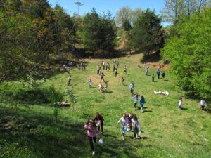 Kinder beim Spielen in Mountain Lodge Vie Nomade